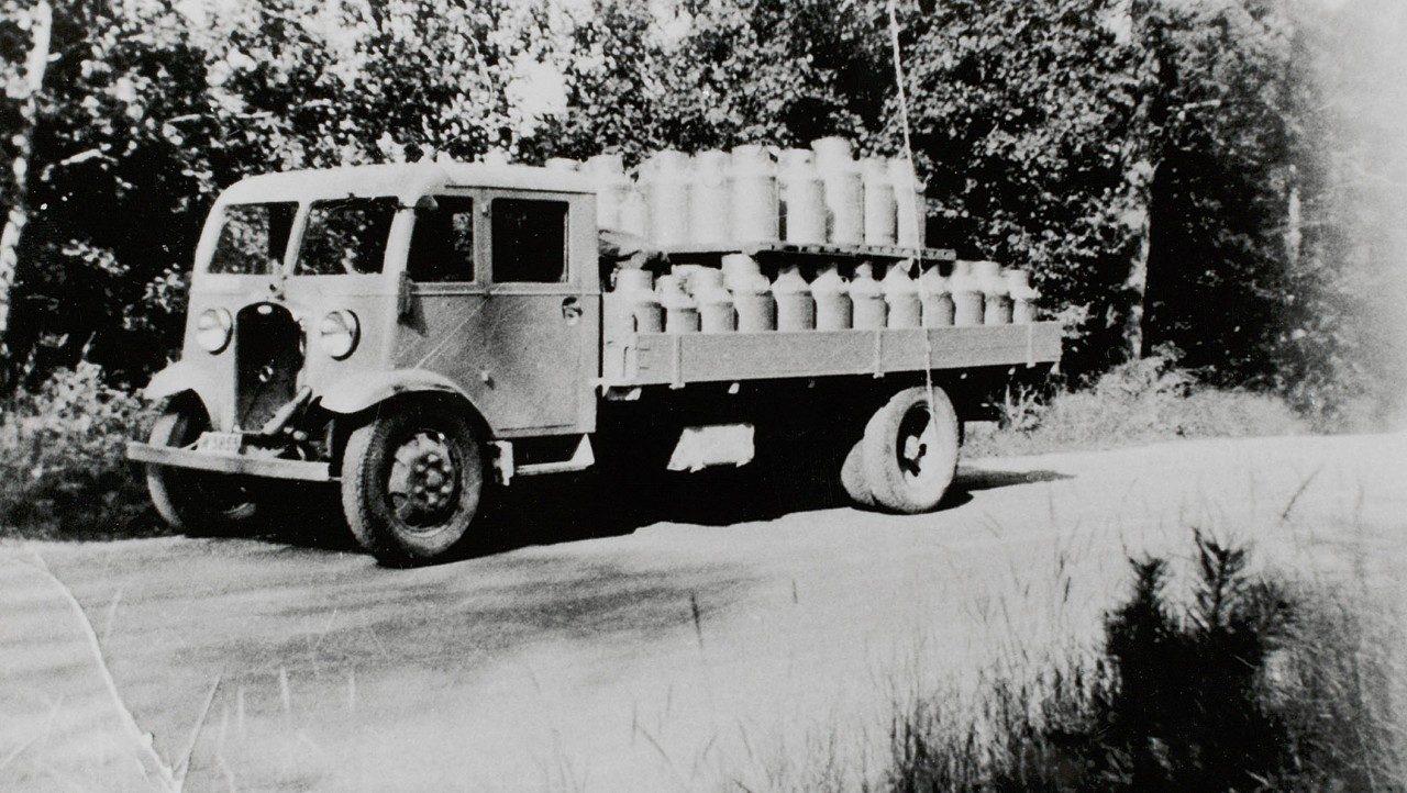 Volvo Trucks LV75
