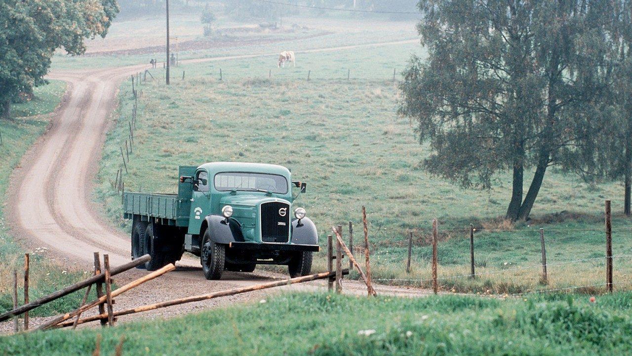 Volvo Trucks LV8 AND LV9