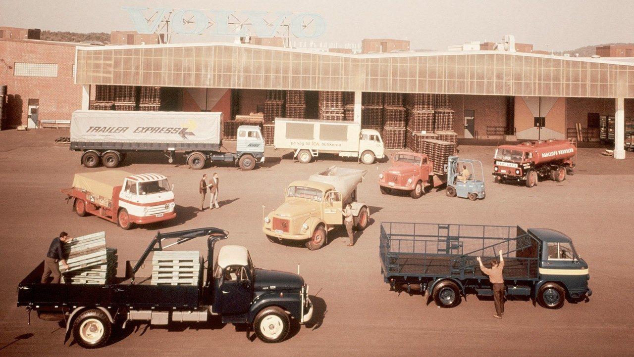 Volvo Trucks F82 & F83
